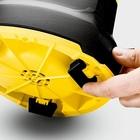 Złożenie nóżek daje możliwość wypompowania wody aż do głębokości 1 mm.